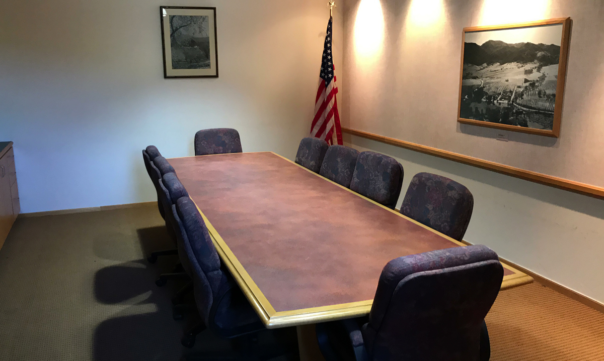 conference-room-01